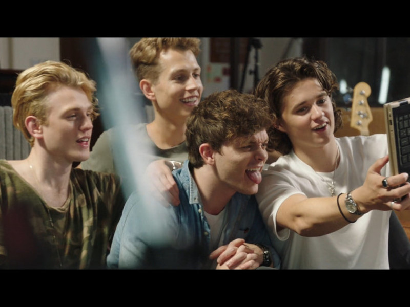 HP × The Vamps